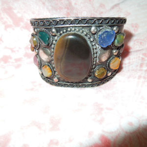 Jewelry - ladies pre owned silver cuff bracelet with gems